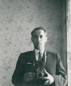 Photograph of a young Jacob Siskind taken in mirror